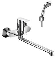 Смеситель для ванны и душа Rossinka Silvermix S35-33 однорычажный с лейкой и шлангом, настенное крепление, хром